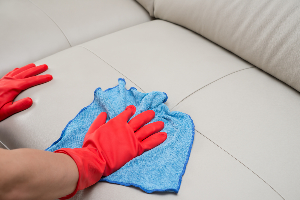 Kunstleder Couch Reinigen So Wird Ihr Sofa Schonend Sauber