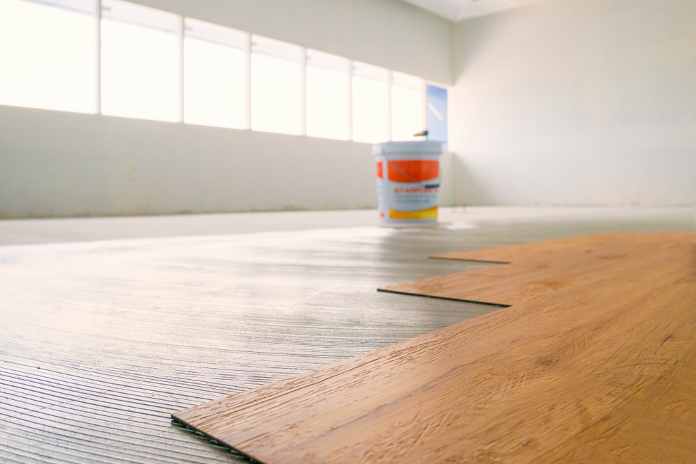 laminat verlegen wo wird am besten angefangen. Black Bedroom Furniture Sets. Home Design Ideas