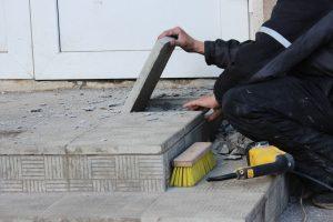 naturstein-auf-beton-verlegen