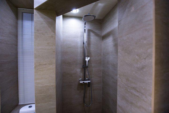 natursteinfliesen-dusche