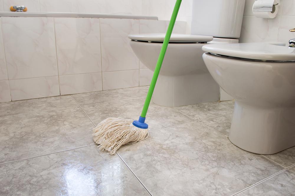 Bad Fußboden Reinigen ~ Natursteinfliesen im bad reinigen so wird er schonend sauber