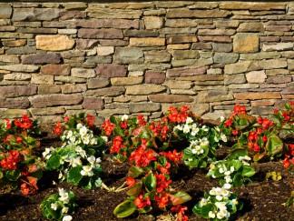 Was kostet eine Natursteinmauer?