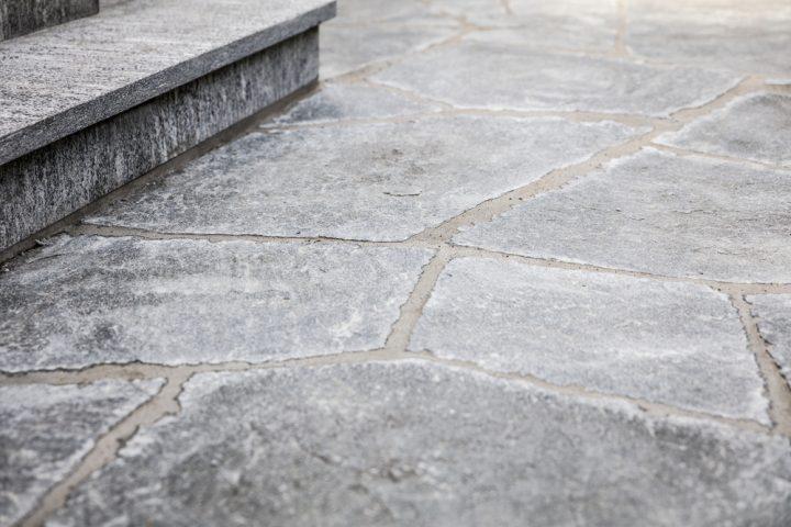 natursteinplatten-verfugen