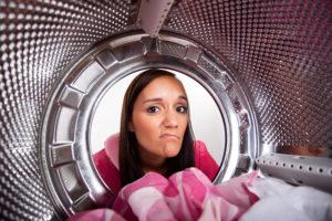 neue-waschmaschine-riecht-nach-gummi