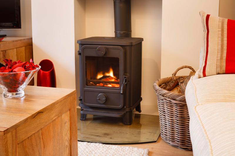wohnzimmer ofen heizung:Ofen richtig anfeuern » So schaffen Sie wohlige Winterwärme