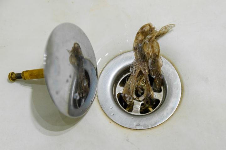 pop-up-ventil-waschbecken-reinigen