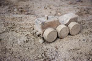 sandkasten-bagger-selber-bauen