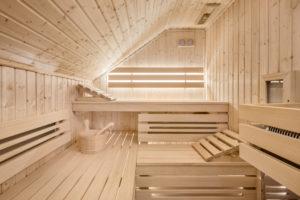 sauna-dachschraege