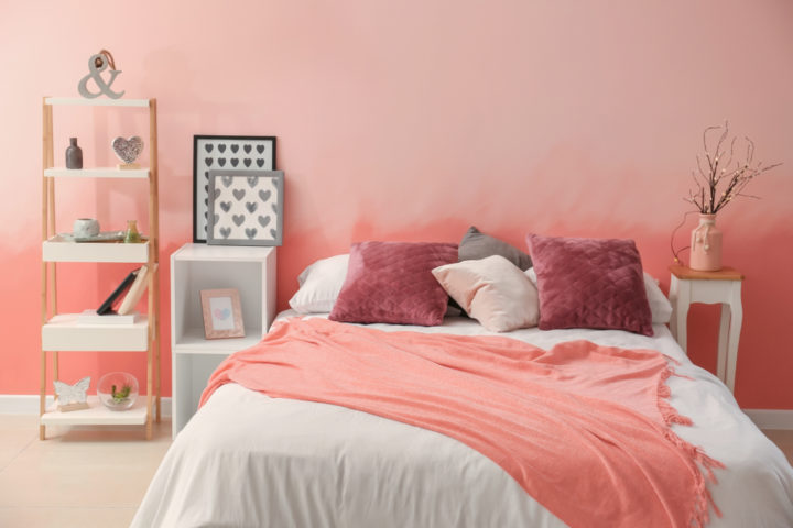 schlafzimmer-rosa-streichen