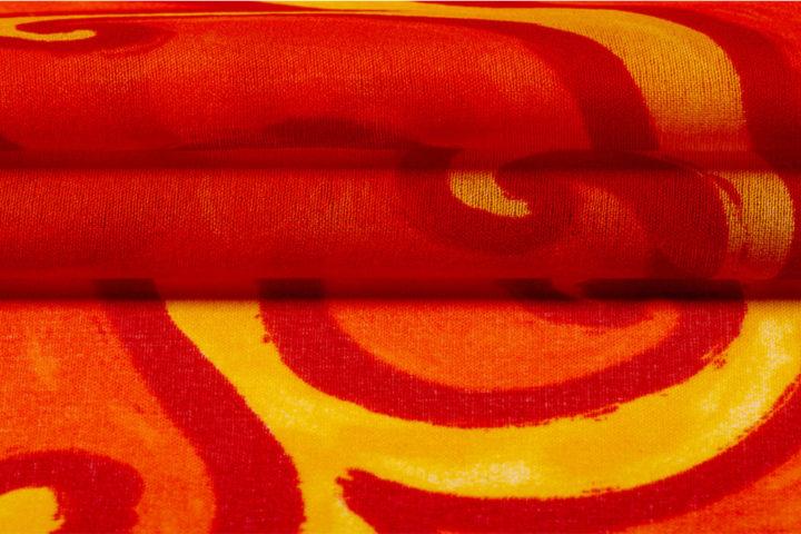 sofa-mit-acrylfarbe-streichen
