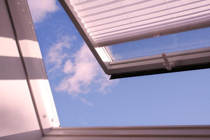 sonnenschutzrollo-dachfenster