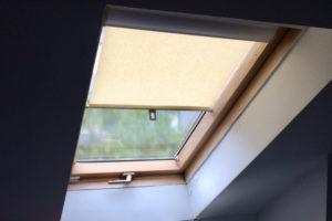 sonnenschutzrollo-dachfenster-ohne-bohren