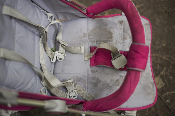stockflecken-entfernen-kinderwagen