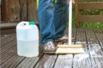 terrasse-reinigen-ohne-hochdruckreiniger