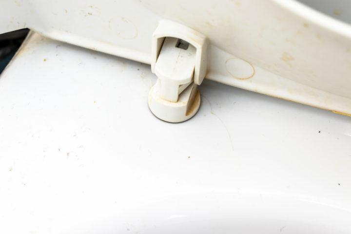 toilettendeckel-geht-nicht-ab