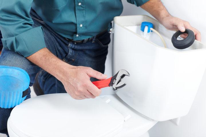 toilettenspuelung-klemmt