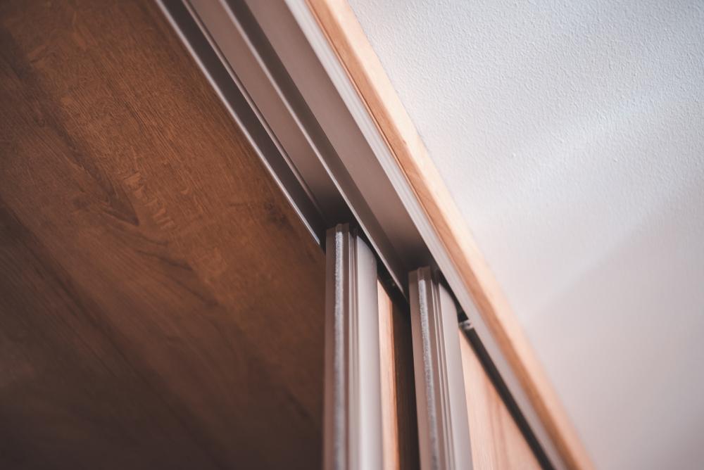 Trennwand mit t r bauen so geht 39 s ganz einfach - Trennwand bauen mit tur ...