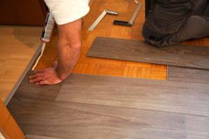 vinylboden-auf-parkett-verlegen