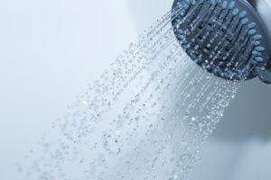 warmwasser-druck-erhoehen