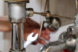 waschbecken-gestaenge-einstellen