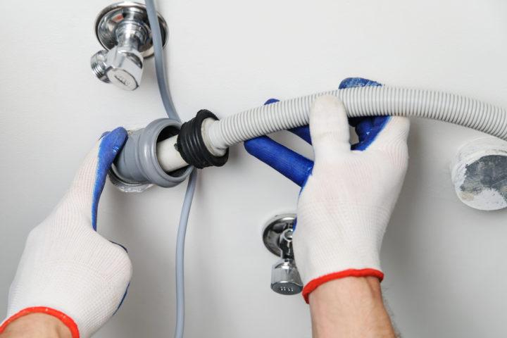 waschmaschine-ablaufschlauch-abmachen