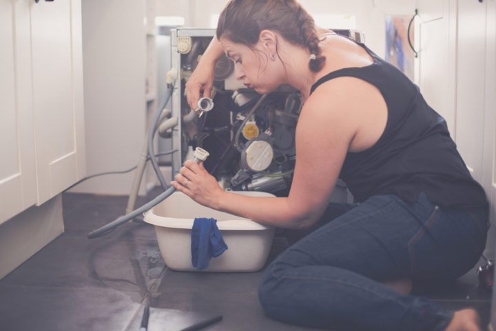 waschmaschine-ablaufschlauch-undicht
