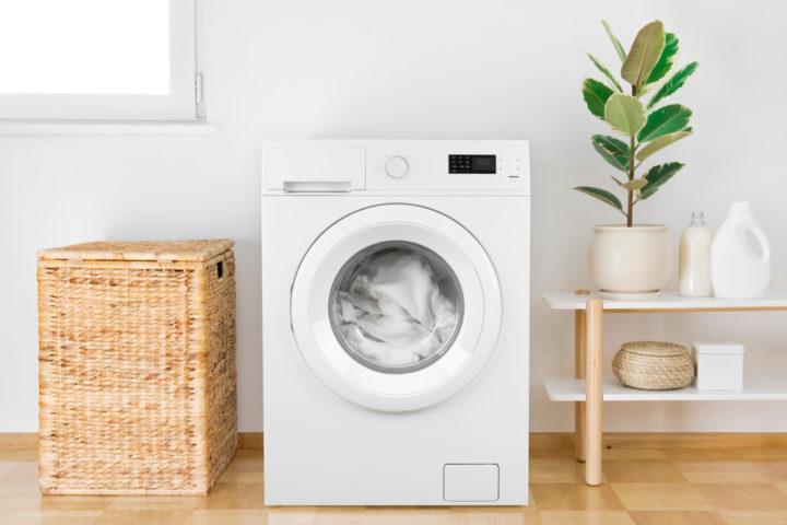 waschmaschine-auf-holzbalkendecke