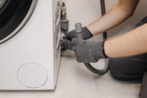waschmaschinen-abfluss-abdichten