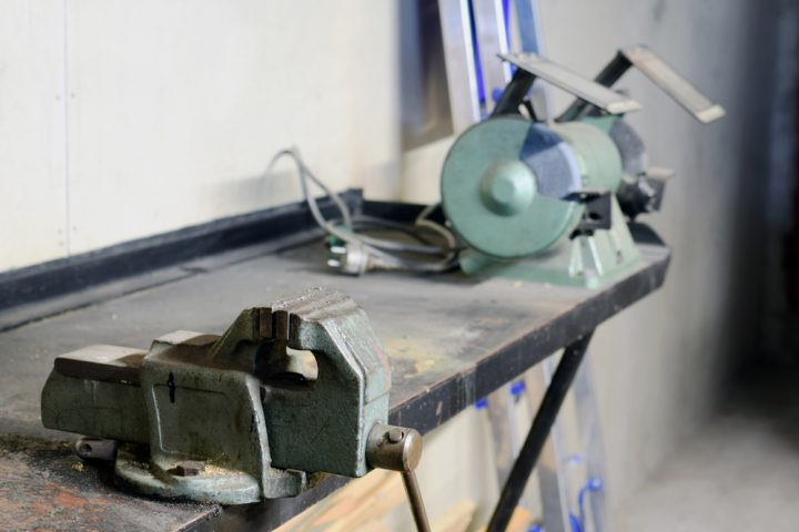 werkbank-selber-bauen-metall