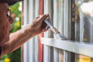 wie-oft-holzfenster-streichen