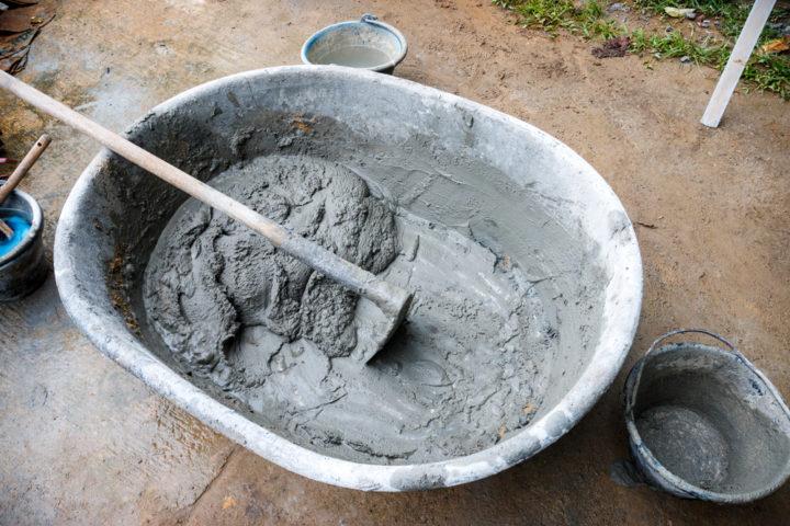 wieviel-beton-brauche-ich-fuer-ein-loch