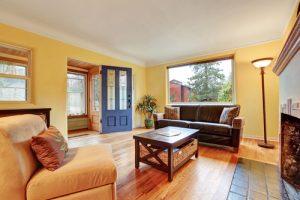 wohnzimmer-wand-streichen-welche-farbe